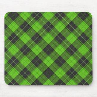 Simple tartan diagonal pattern in dark green mouse pad