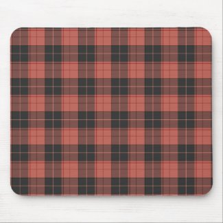 Simple tartan pattern in red mouse pad
