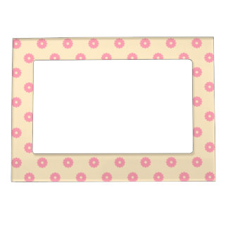Simple Vector Daisy Flowers in Yellow & Pink Magnetic Picture Frame