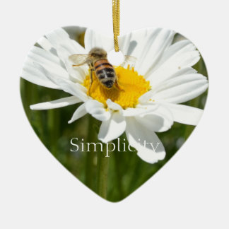 Simplicity Daisy Heart Ornament
