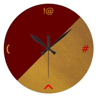Simplistic Quirky Keyboard> Wall Clock