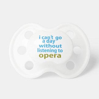 sin escuchar la ópera chupetes