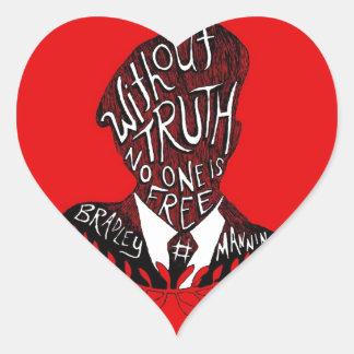 Sin verdad, nadie está libre pegatina en forma de corazón