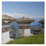 Sindokha Dzong, paso 2 del La de Dochu Tejas Cerámicas