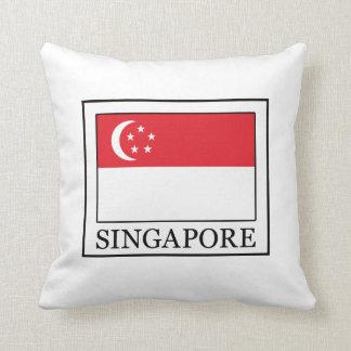 Singapore pillow