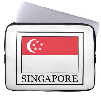 Singapore sleeve