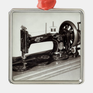 Singer 'New Family' sewing machine, 1865 Metal Ornament