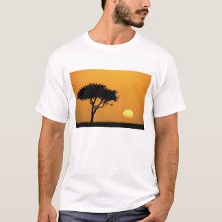 Single Acacia tree silhouetted at sunrise, Masai T-Shirt