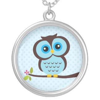 Single Blue Owl Round Pendant Necklace