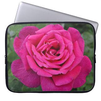 Single pink rose laptop sleeves