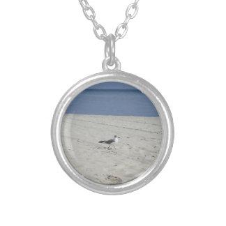 Single Seagull Round Pendant Necklace