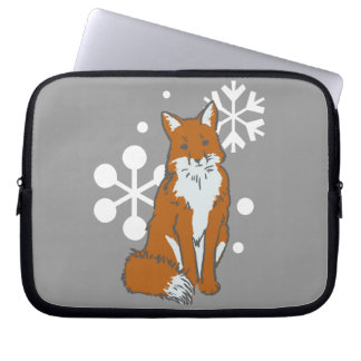 Single Snowy Winter Red Fox Pattern Laptop Sleeve