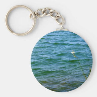 Single white flower water reed pond keychains