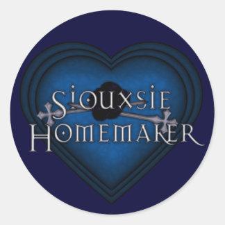 Siouxsie Homemaker Knitting (Blue) Classic Round Sticker