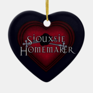 Siouxsie Homemaker Red Knitting Ceramic Ornament