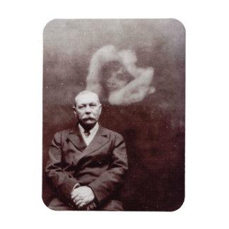 Sir Arthur Conan Doyle con el fantasma de Ada Imán Foto Rectangular