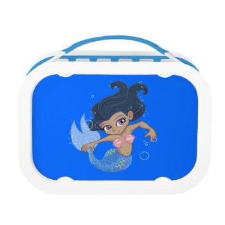 Sirena azul linda (pelo oscuro, piel oscura)