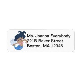 Sirena azul linda (pelo oscuro, piel oscura) etiqueta de remite