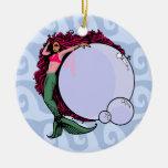 Sirena con el ornamento de las burbujas adorno de navidad