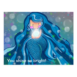 Sirena con la postal brillante de la perla