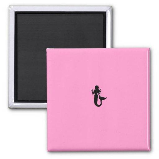 Sirena de Glow_Black-on-Pink del océano Imán De Nevera