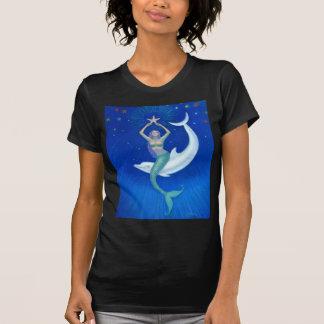 Sirena de la luna del delfín camiseta