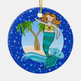 Sirena de la playa del paraíso - adorno redondo de cerámica