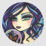 Sirena del encargado de la mariposa de Hannah Lynn Pegatina Redonda