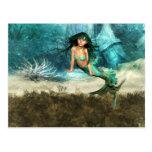 Sirena en la postal del suelo marino