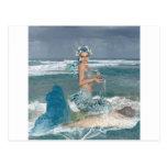Sirena en roca tarjetas postales