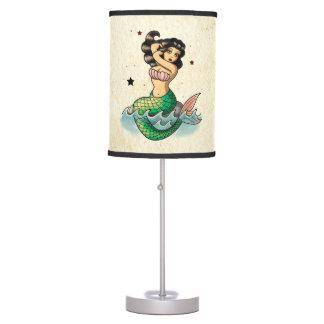 Sirena hermosa de la escuela vieja lámpara de escritorio