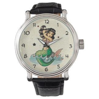 Sirena hermosa de la escuela vieja relojes de pulsera