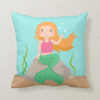 Sirena linda debajo del mar, para los chicas cojín decorativo
