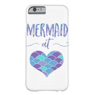 Sirena linda en el caso del iPhone 6/6s del Funda De iPhone 6 Barely There