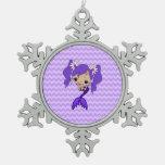 Sirena púrpura linda adornos