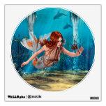 Sirena que sostiene el lirio de mar