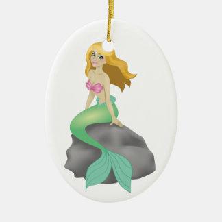 Sirena rubia adorno navideño ovalado de cerámica