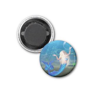 Sirena rubia bonita con la burbuja imán redondo 3 cm