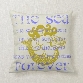 Sirena y el mar almohada