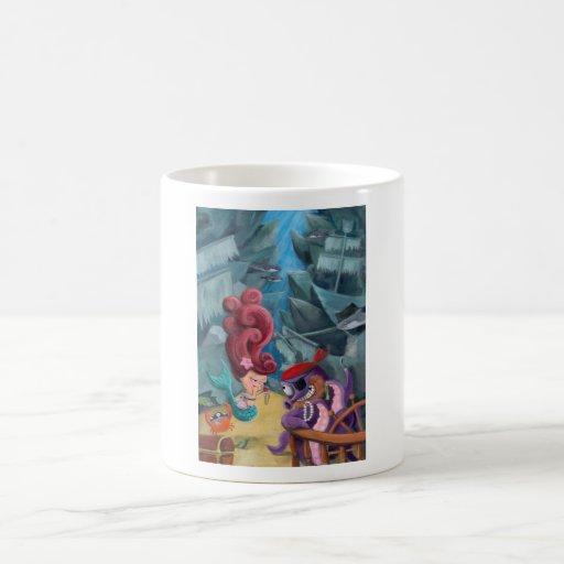 Sirena y piratas lindos taza básica blanca