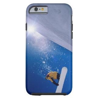 Sirva el vuelo a través del aire en una snowboard funda de iPhone 6 tough