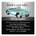 Sirve a la fiesta de cumpleaños del coche antiguo