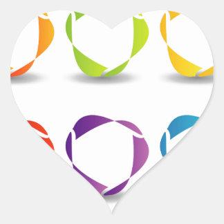 Sistema de formas abstractas en diversos colores pegatina en forma de corazón