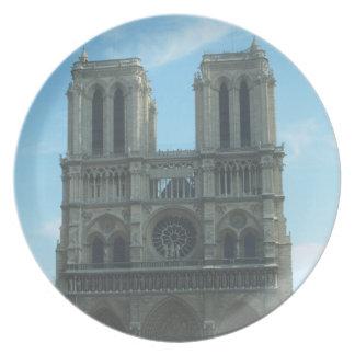 Sistema de la decoración de Notre Dame Platos