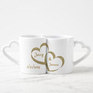 Sistema de la taza del recién casado de los corazo taza para parejas