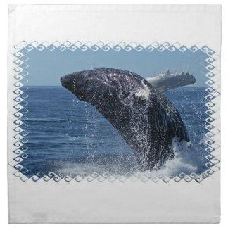 Sistema de salto de la ballena jorobada de cuatro servilletas
