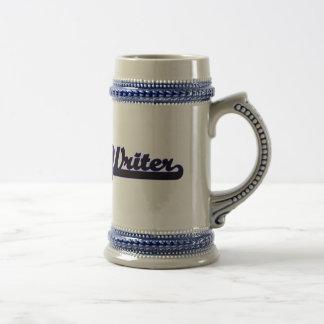 Sistema de trabajo clásico del escritor jarra de cerveza