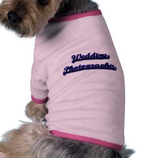 Sistema de trabajo clásico del fotógrafo del boda camiseta con mangas para perro