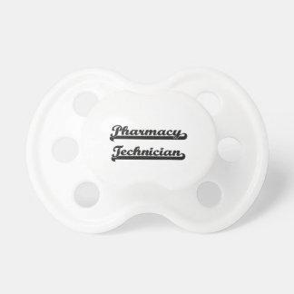 Sistema de trabajo clásico del técnico de la chupete de bebé