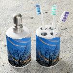 Sistema del dispensador del tenedor y del jabón de conjuntos de baño